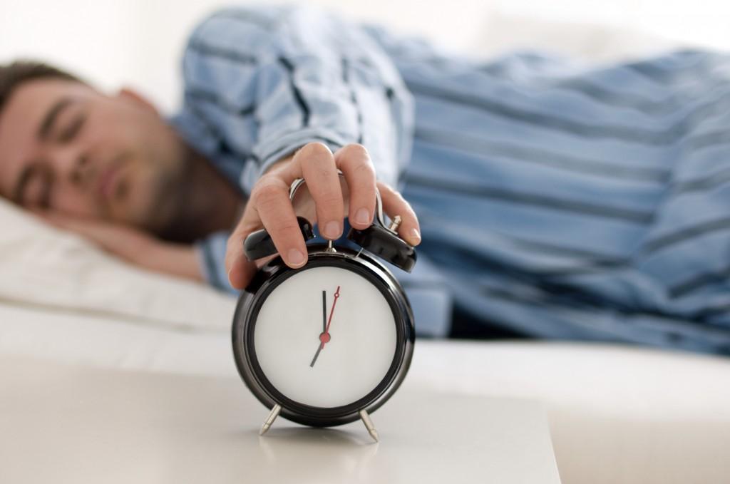 O hábito de levantar cedo ajuda na sua felicidade e saúde.