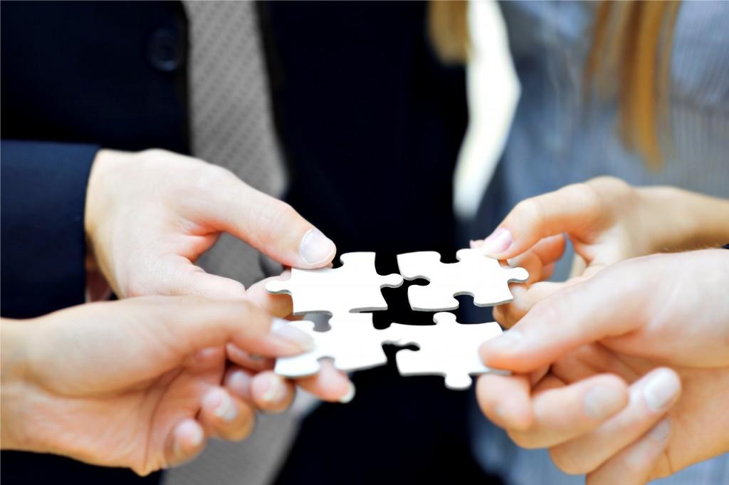 Verdadeiros empreendedores acreditam no trabalho em equipe.